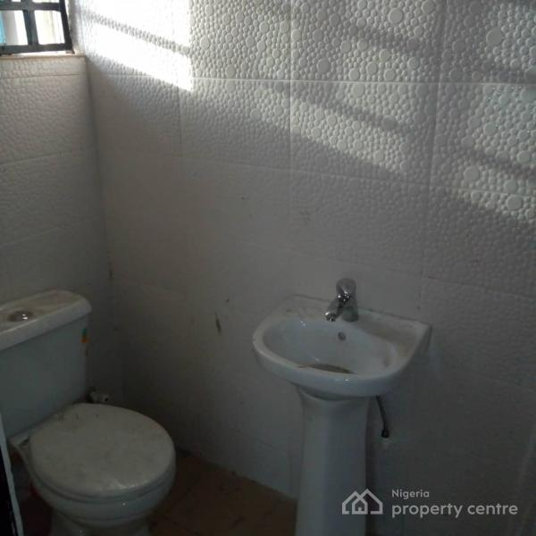 Neat 2 Bedroom Flat, Olive Garden Estate, Ajah, Lagos, Flat for Rent