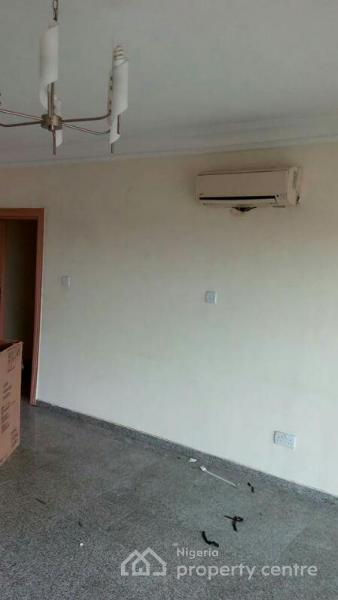 3 Bedroom Flat Plus 1 Room Bq, Bode Thomas, Surulere, Lagos, Flat for Sale