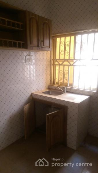 Nice 2 Bedroom Flat, Area 1, Garki, Abuja, Flat for Rent