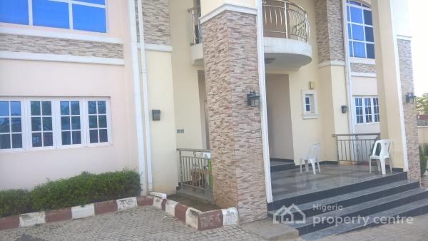 Luxurious 5 Bedrooms Duplex With Brand New Acs And Generator