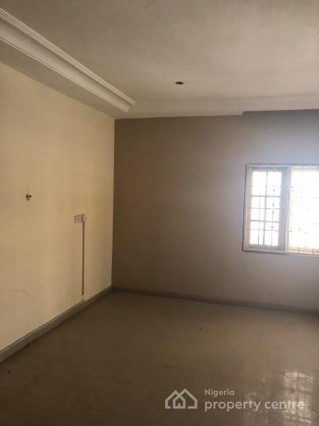 Semi Detached 5 Bedroom House, Gwarinpa Estate, Gwarinpa, Abuja, Semi-detached Duplex for Rent