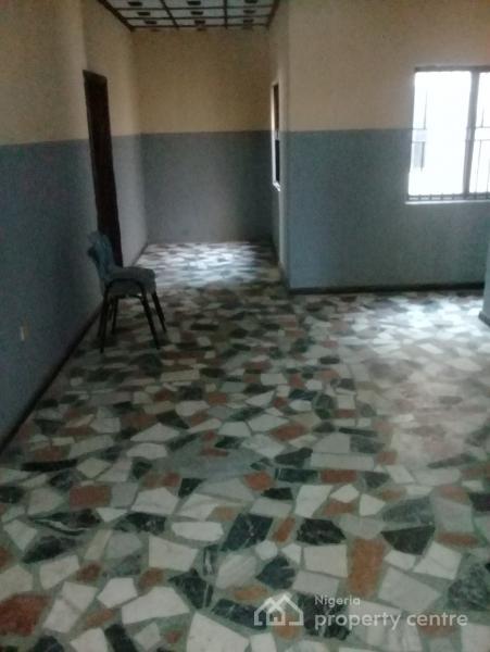 3 Bedroom Apartment, Akowonjo, Alimosho, Lagos, Flat for Rent