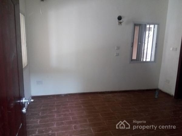 Executive Self Contained Studio Flat, Oral Estate, Lekki Expressway, Lekki, Lagos, Self Contained (single Room) for Rent