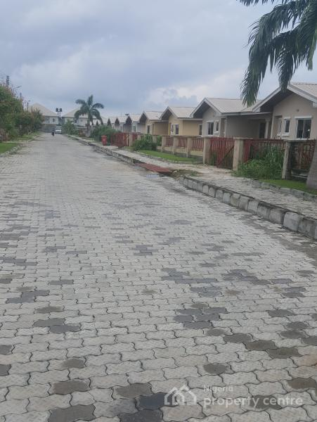 3 Bedroom Bungalow All En Suite in a Serviced and Secured Estate.( Mortgage Option Is Available), By Novare Mall(shoprite), Sangotedo, Ajah, Lagos, Semi-detached Bungalow for Sale