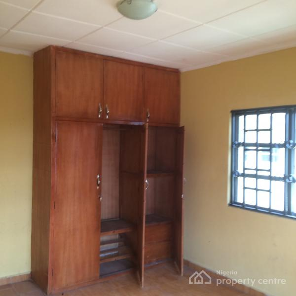 Nice 3 Bedroom House For Rent: For Rent: Nice 3 Bedroom (upstairs) , Dominion Estate