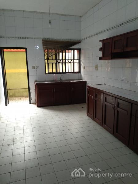 Newly Renovated 4 Bedrooms Semi Detached Duplex, Anthony, Maryland, Lagos, Semi-detached Duplex for Rent