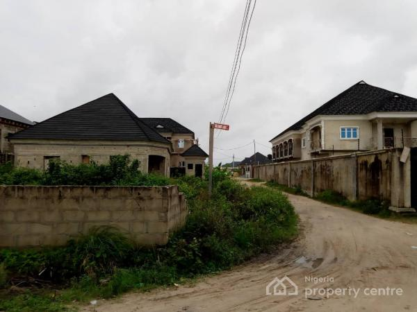 4 Bedroom Bungalow with The Whole Plot of Land for Sale, Abraham Adesanya Road Ajah., Ogombo, Ajah, Lagos, Detached Bungalow for Sale