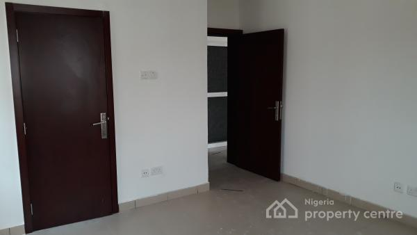 Well Built and Serviced 3 Bedroom Apartment in a Well Secured Environment (24 Hour Electricity), Cadogan Estate, Osapa, Lekki, Lagos, Flat for Sale