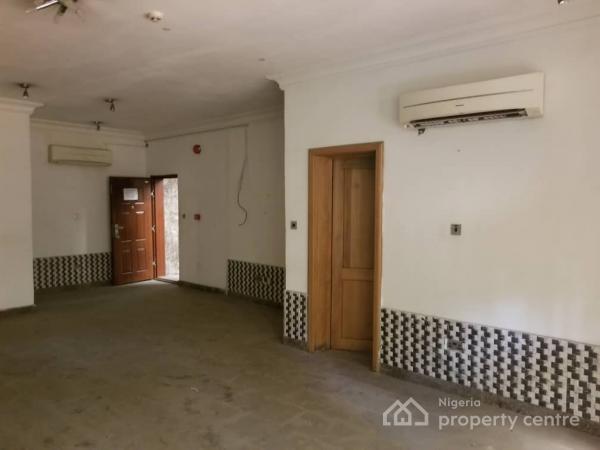 Commercial Building, Admiralty Way, Lekki Phase 1, Lekki, Lagos, Detached Duplex for Rent