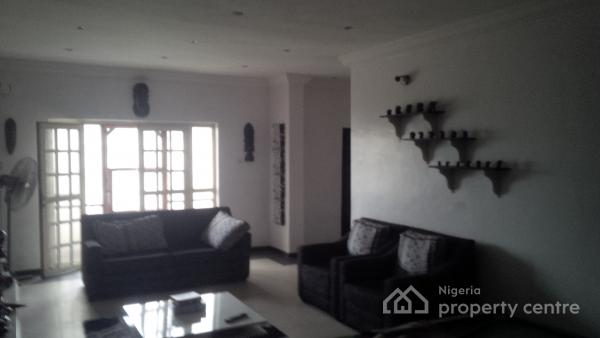 Urgent Sale: Spacious 3 Bedroom Flat + Maids Room (all Ensuite), Self Serviced; Located in a Serene Street in Oniru Estate, Off Palace Road, Oniru, Victoria Island (vi), Lagos, Flat for Sale