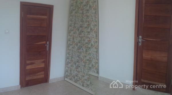 Serviced Tastefully Finished Property, Lafiaji, Lekki, Lagos, Terraced Duplex for Sale