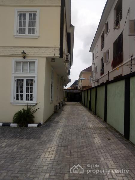 Twin Duplex 5 Bedroom and 4 Bedroom Duplex, Before Chevron Roundabout, Idado, Lekki, Lagos, Detached Duplex for Sale