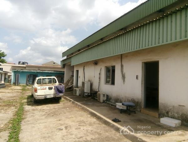 Neat, Spacious and Structurally Sound Warehouse of 700sqm, Akinyemi, Ring Road, Ibadan, Oyo, Warehouse for Rent