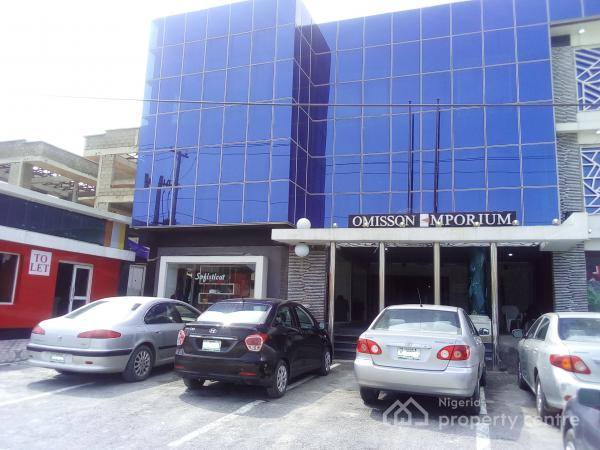 a Lovely Shop Space (20sqm) for Rent in Lekki Phase 1, Lekki, Lekki Phase 1, Lekki, Lagos, Shop for Rent