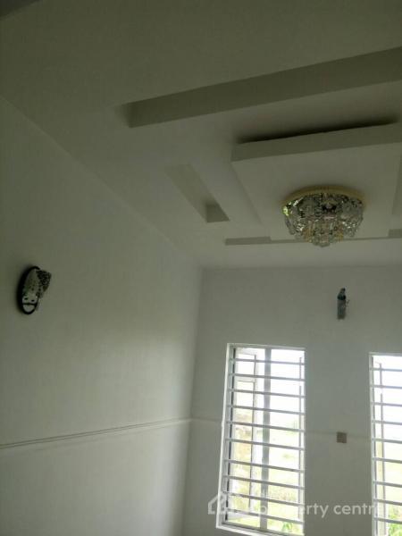 Semi Detached House in a Mini Estate, Lekki Phase 1, Lekki, Lagos, Semi-detached Duplex for Sale