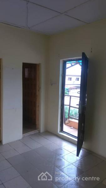 Selfcon, Morgan Estate, Ojodu, Lagos, Self Contained (single Rooms) for Rent