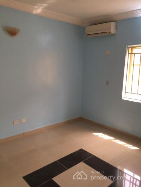 Luxurious and Spacious 1 Bedroom Flat, Zone 2, Wuse, Abuja, Flat for Rent