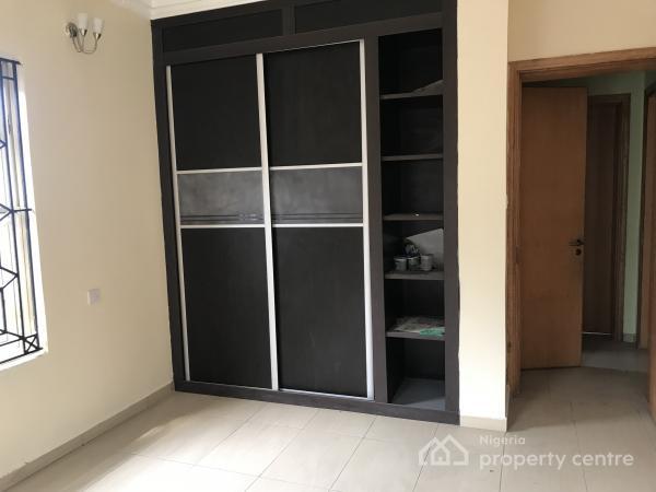 Four Bedroom Wing of Duplex  I Lekki Phase One on a Quiet Street, Lekki, Lagos, Semi-detached Duplex for Rent