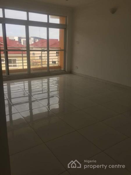 3 Bedroom at Osapa, Cardogan Estate, Osapa, Lekki, Lagos, Flat for Rent