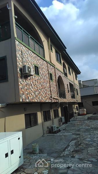 Massive Mini Flat to Let in an Estate, Lekki Phase 1, Lekki, Lagos, Mini Flat for Rent