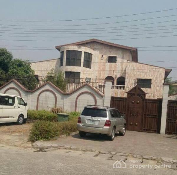 For sale 5 bedroom detached house with swimming pool on for 6 bedroom house with swimming pool for sale