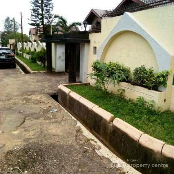 Executive 6 Bedroom Detached House, Maryland, Lagos, Detached Duplex for Sale
