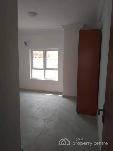 4 Bedroom Semi Detached House with a Room Bq, By Shoprite Road, Jakande, Lekki, Lagos, Semi-detached Duplex for Rent