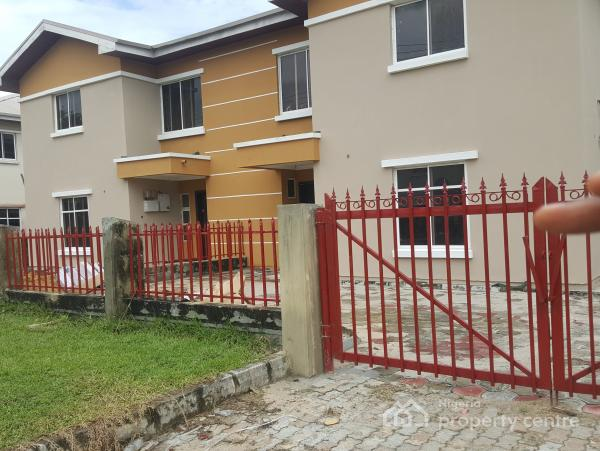 4 Bedroom Semi Detached Duplex in a Serviced and Secured Estate, By Novare Mall (shoprite), Sangotedo, Ajah, Lagos, Semi-detached Duplex for Rent