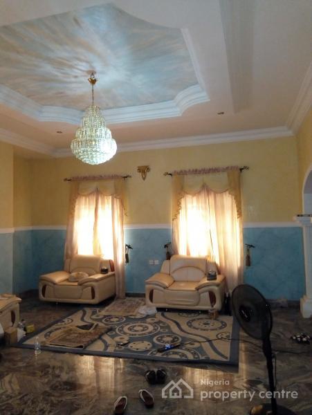 6 Bedroom in an Estate, Kafe, Abuja, Detached Duplex for Sale