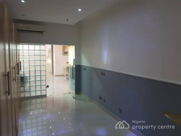 Exquisitely Furnished 3 Bedroom Apartment, Mosley Road, Off Gerrard Road, Ikoyi, Lagos, Flat Short Let