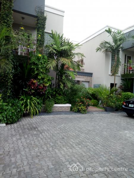 Comfortable Studio Apartment, Off Admiralty Road, Lekki Phase 1, Lekki, Lagos, Self Contained (single Rooms) Short Let