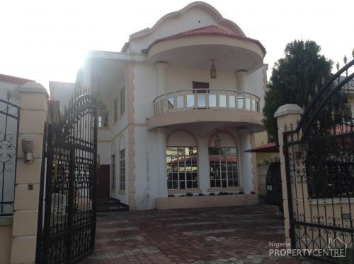 For Sale Beautiful 6 Bedroom House 2 Bedroom Boys Quarters With