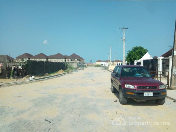 4 Bedroom Semi Detached Duplex, White Oaks Estate, Ologolo, Lekki, Lagos, Semi-detached Duplex for Sale