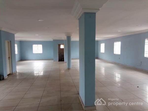 Serviced Office Space 150square Meter with Generator, Ademola Adetokunbo, Wuse 2, Abuja, Plaza / Complex / Mall for Rent