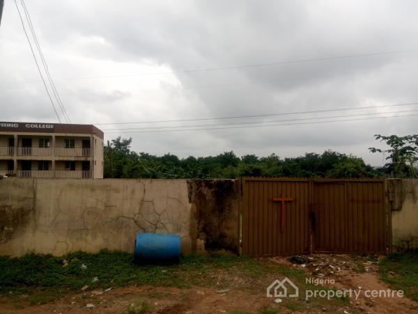 a Massive Land with School Facilities, Before Nihort, Jericho Gra, Jericho, Ibadan, Oyo, School for Sale