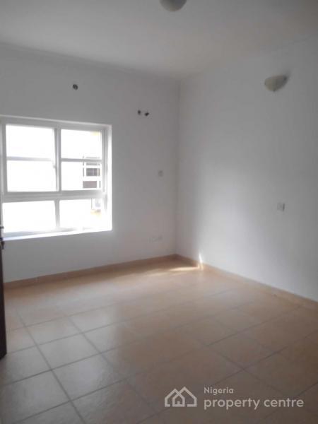 2 Bedroom Flat, Bourdillon Court Estate, Chevron Drive, Close to Chevy View Estate, Lekki, Lagos, Flat for Sale