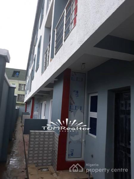 Luxury 4 Bedroom Terrace Duplex, Unilag Estate, Magodo, Lagos, Terraced Duplex for Sale