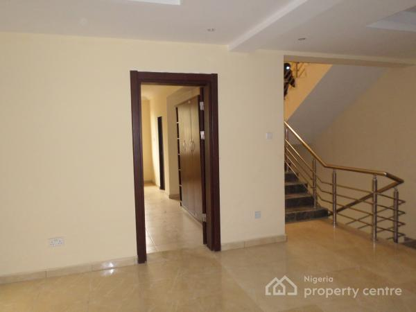 Terrace 4-bedrooms, Guzape District, Abuja, Terraced Duplex for Rent
