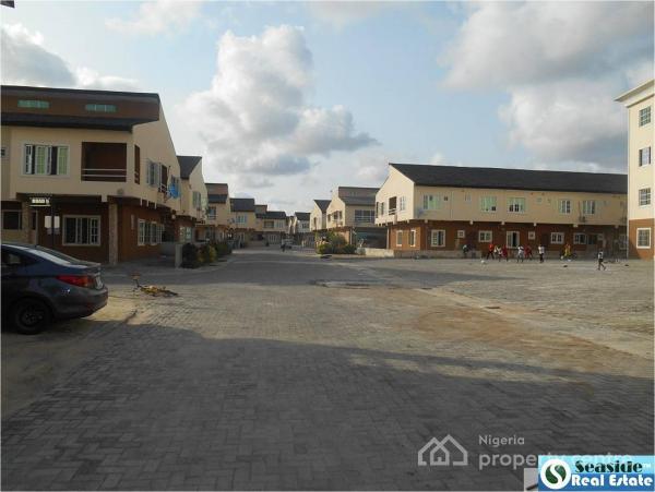 Luxury 3 Bedrooms Terrace Duplex in a Serviced Estate, Lekki, Lagos, Terraced Duplex for Sale