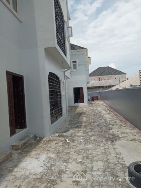 Newly Built Luxury Three Bedroom Flat with Excellent Facilities Available, Ologolo, Lekki, Lagos, Flat for Rent