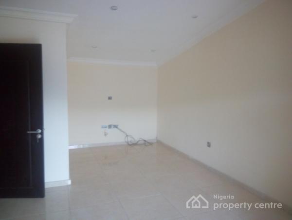 Luxury 4 Bedroom Terrace Duplex Plus One Room Basement, Osapa, Lekki, Lagos, Terraced Duplex for Rent