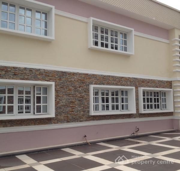 3 Bedroom Townhomes For Rent: For Rent: New Built Well Finish 3 Bedroom Townhouse With