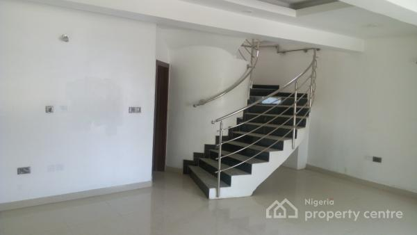 Four Bedroom Townhouse with Excellent Facilities, Iponri, Surulere, Lagos, Terraced Duplex for Sale