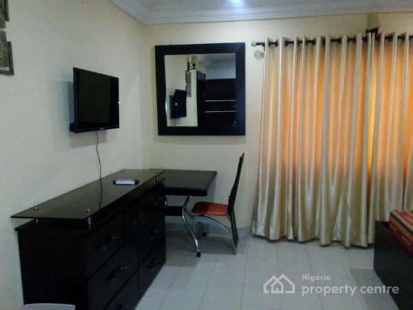 2 Bedroom Exquisitely Furnished and Serviced Apartment, Mko Gardens, Alausa, Ikeja, Lagos, Flat Short Let