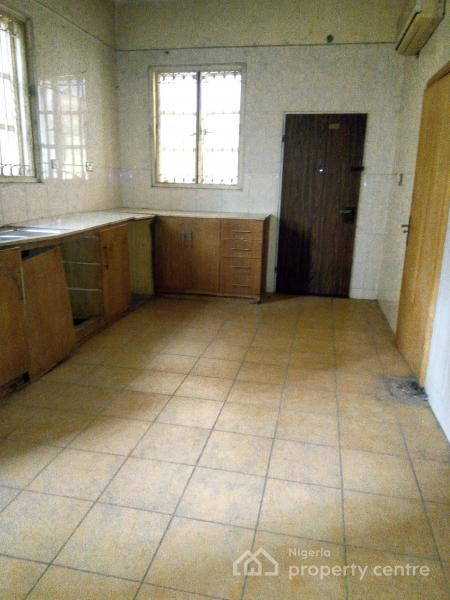 Lovely and Spacious 7 Bedroom Detached Duplex with 2 Rooms,etc., Off Fola Osibo, Lekki Phase 1, Lekki, Lagos, Detached Duplex for Sale
