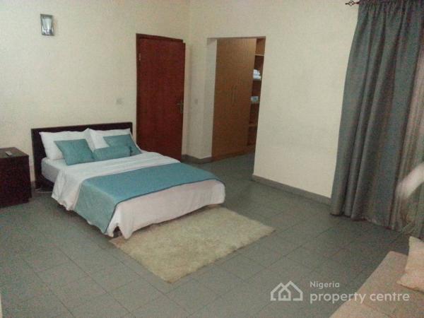 Exquisitely Furnished 2 Bedroom Apartment, Off Emmanuel Keshi Street, Gra, Magodo, Lagos, Flat Short Let