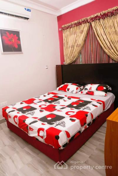 3-bed Apartment Shortlet, Lekki, Lagos, Flat Short Let