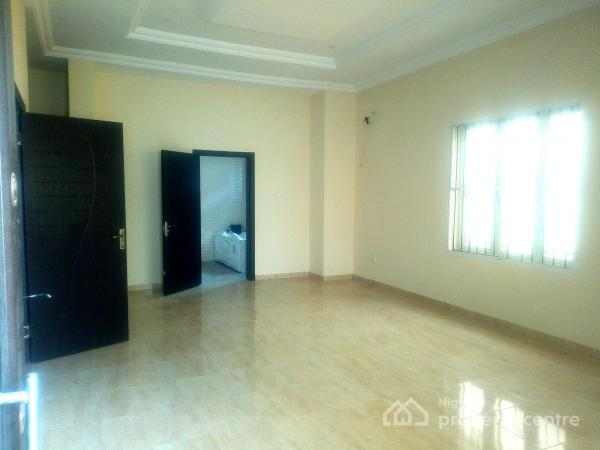 a Room Self Contained, Idado Ext., Agungi, Lekki, Lagos, Self Contained (single Rooms) for Rent