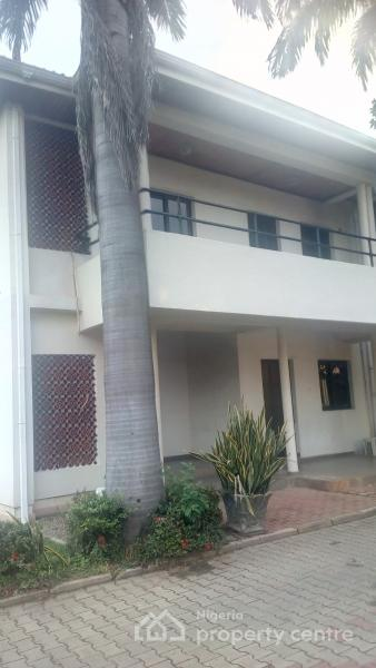 Well Finished Serviced 2 Bedroom  Cooker Washing Machine Flat with Boys Quarter, Off Ademola Adetokunbo, Wuse 2, Abuja, Flat for Rent