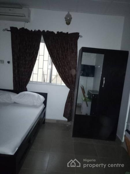 a Furnished Room to Let at Gaduwa Estate, Gaduwa Estate, Gaduwa, Abuja, Self Contained (single Rooms) Short Let